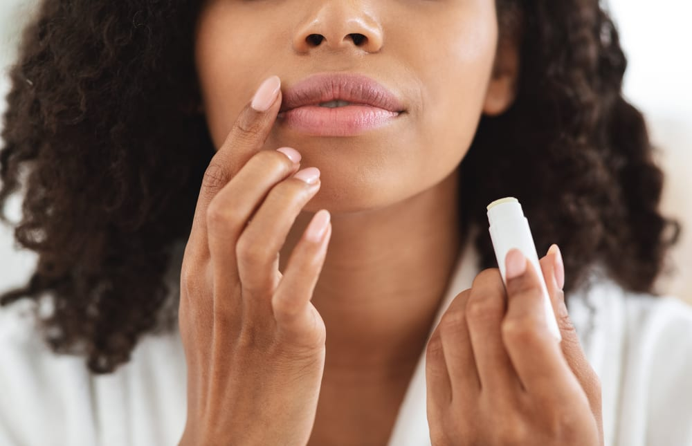 Is Lip Plumping in Palm Springs Possible Without Implants?